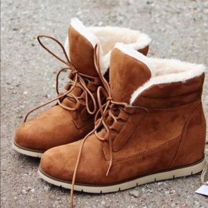 Shoes - LYSSA Comfy Autumn Bootie - CAMEL
